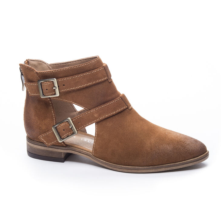Chinese Laundry Dandie Boots in Whiskey