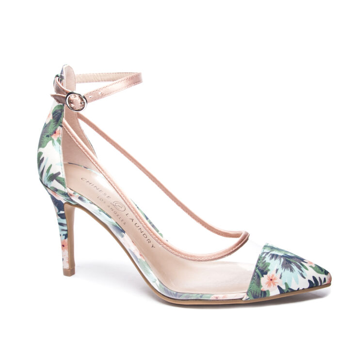 Chinese Laundry Gabrianna Pumps in Clearblush