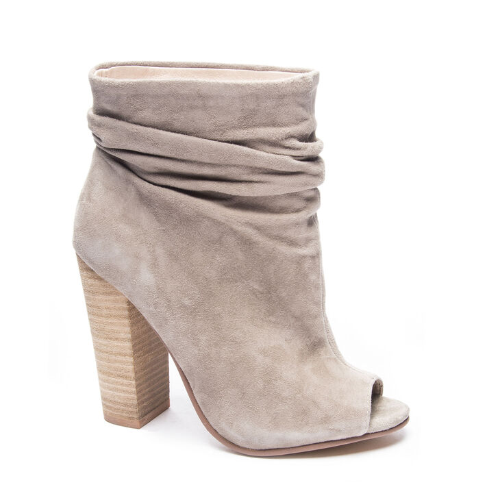 Chinese Laundry Laurel Boots in Grey