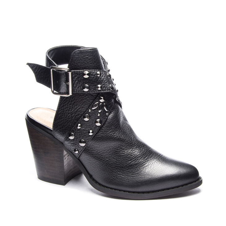Chinese Laundry Small Town Boots in Black