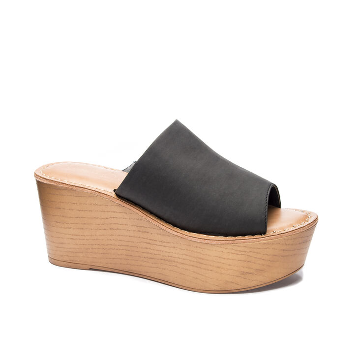 Chinese Laundry Waverly Slide Heels in Black