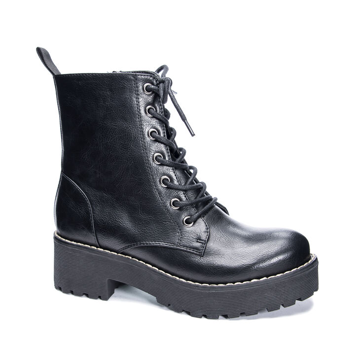 Chinese Laundry Mazzy Boots in Black