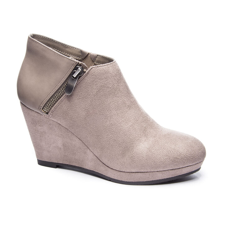 Chinese Laundry Vast Boots in Pebble Taupe