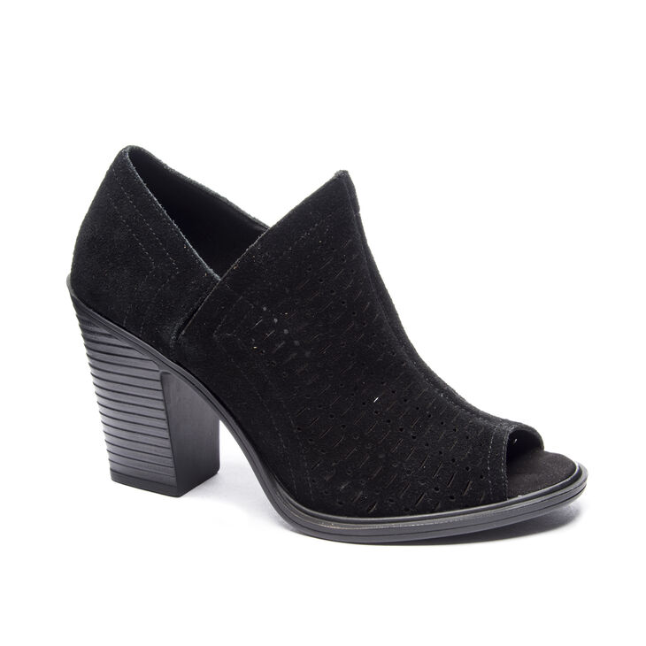 Chinese Laundry Aida Shooties in Black