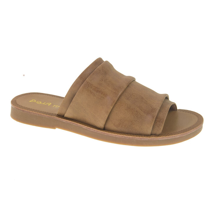 Chinese Laundry Best Buds Thong Sandals in Tan