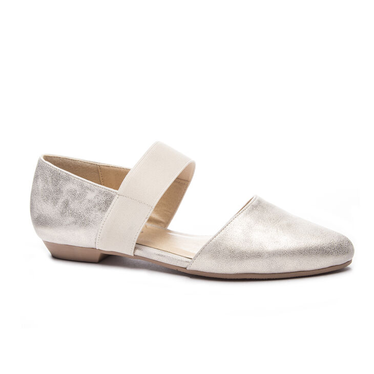 Chinese Laundry Edelyn Flats in Gold