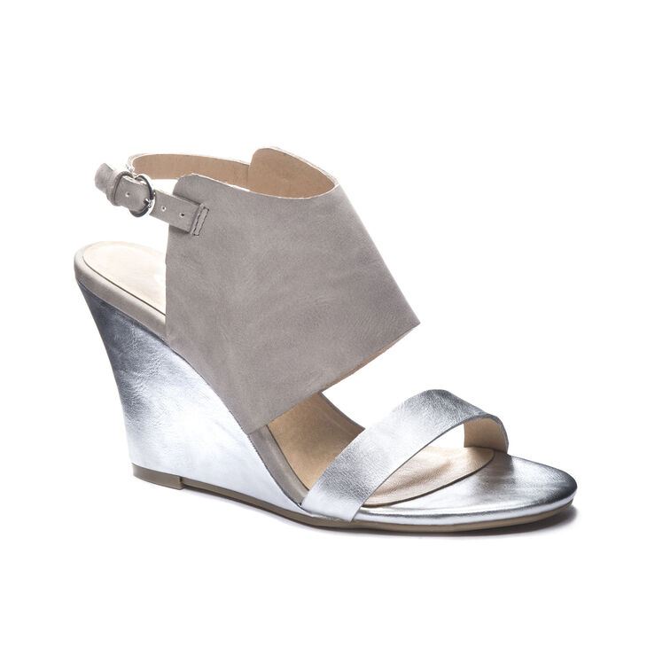 Chinese Laundry Baja Sandals in Silver Multi
