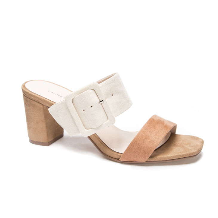 Chinese Laundry Yippy Sandals in Creammulti