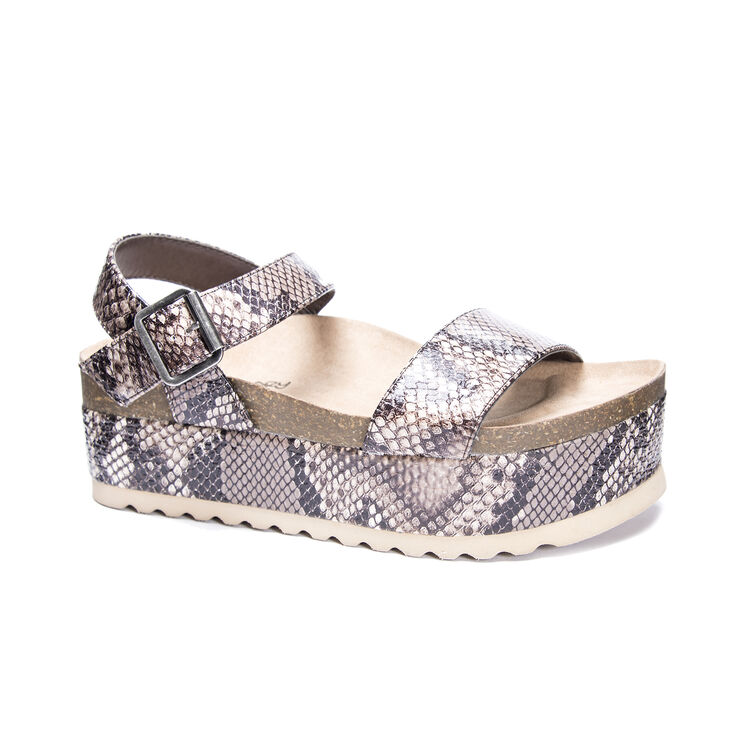 Chinese Laundry Palms Sandals in Ltbrown