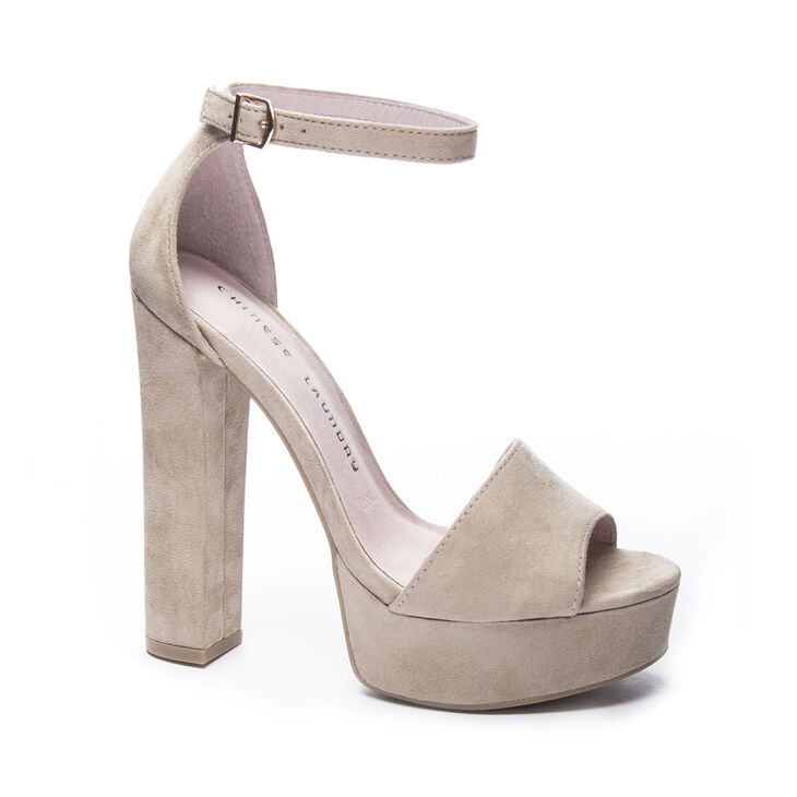 Chinese Laundry Avenue Sandals in Beige