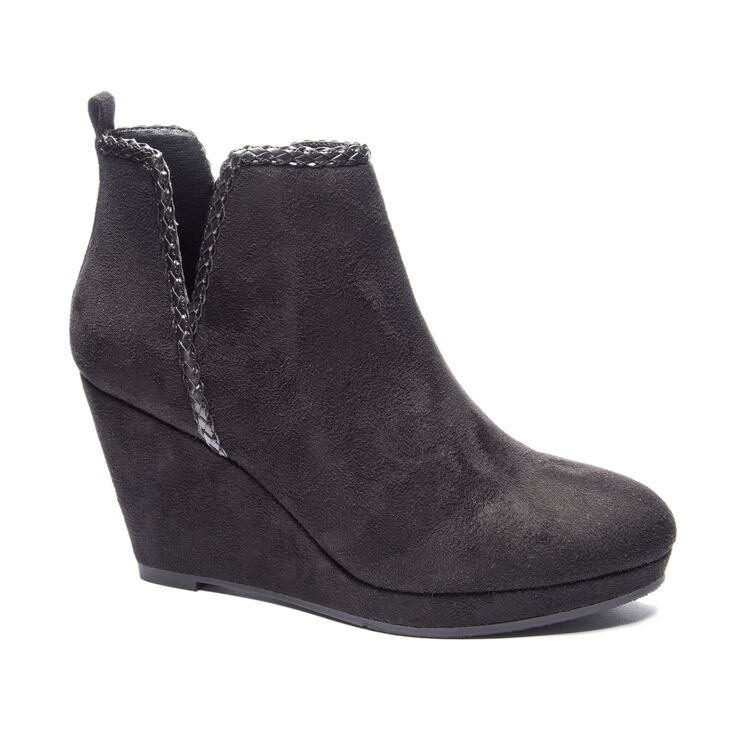 Chinese Laundry Volcano Boots in Black