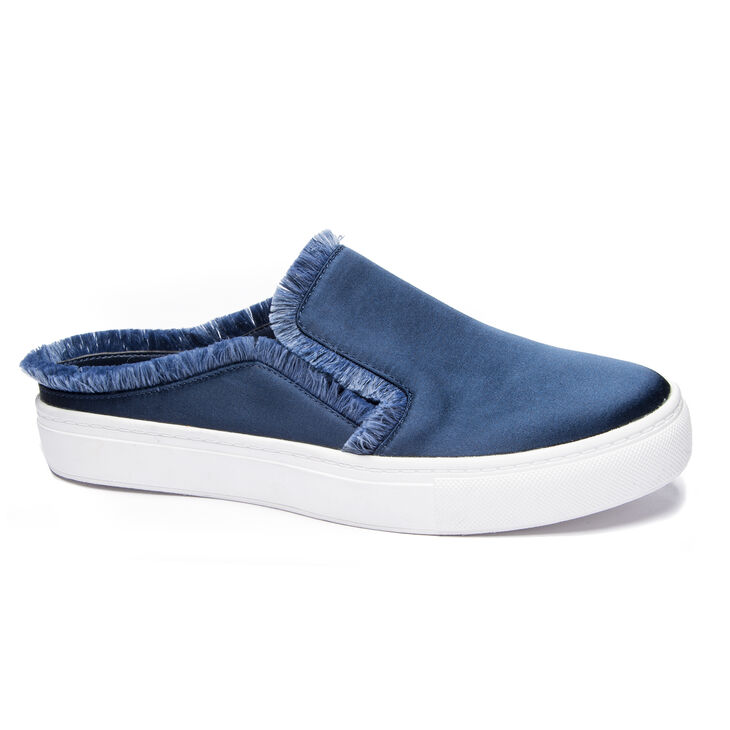 Chinese Laundry Jaxon Sneakers in Navy