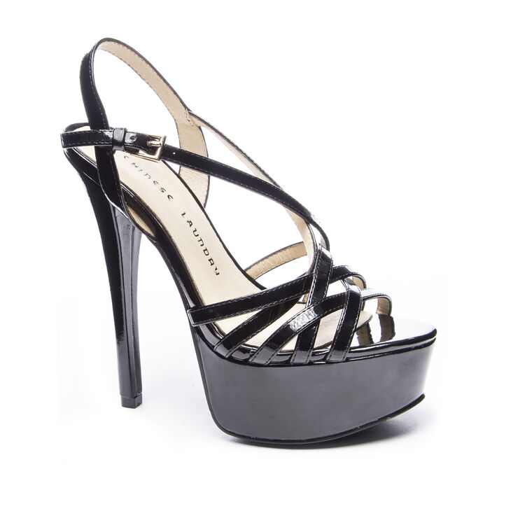 Chinese Laundry Teaser Sandals in Black