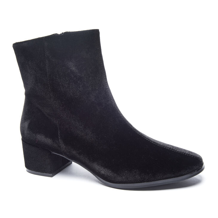 Chinese Laundry Florentine Boots in Black