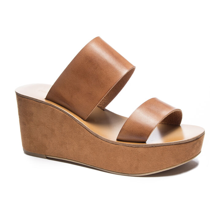 Chinese Laundry Ollie Wedges in Saddle Solid