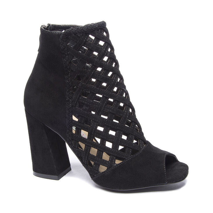 Chinese Laundry Luxembourg Boots in Black