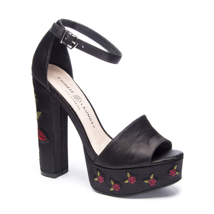 Chinese Laundry Amy T-Strap Sandals in Black