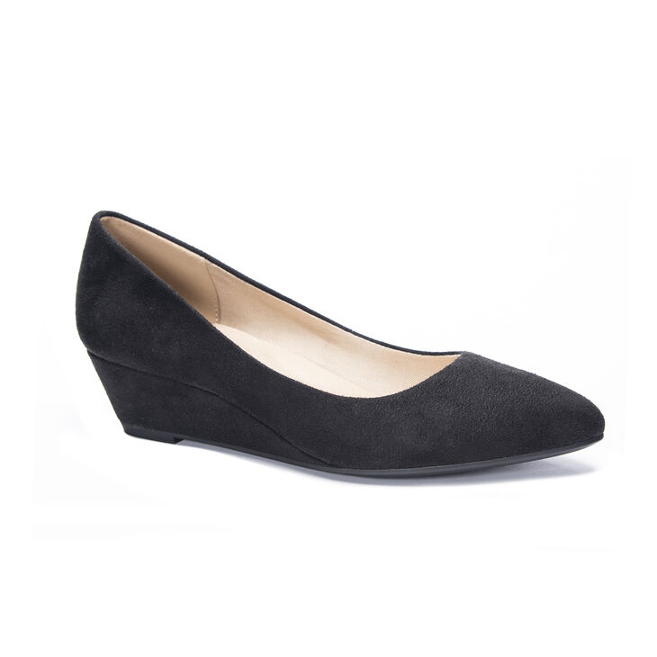 CL by Laundry Alyce Pumps in Black