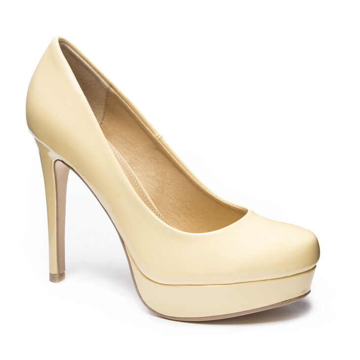 Chinese Laundry Wendy Pumps in Soft Yellow