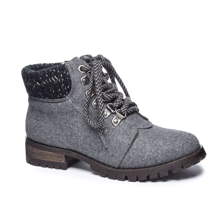 Chinese Laundry Treble Boots in Dark Grey