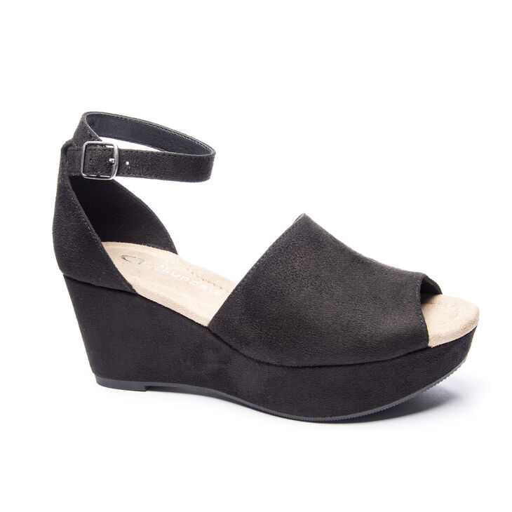 Chinese Laundry Dara Sandals in Black