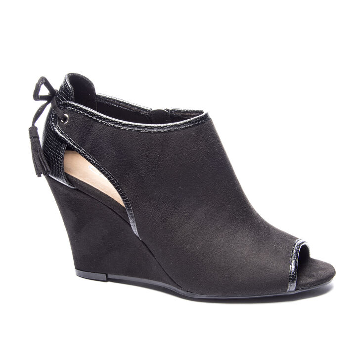 Chinese Laundry Brinley Booties Sandals in Black