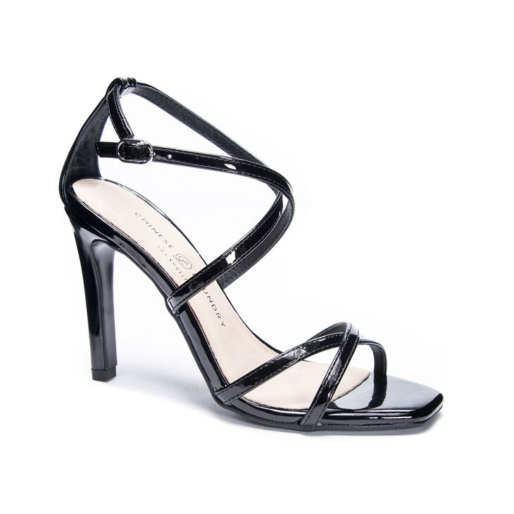 Chinese Laundry Jaydee Sandals in Black