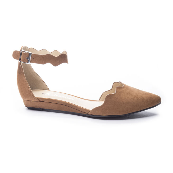 Chinese Laundry Studio Flat Sandals in Whiskey