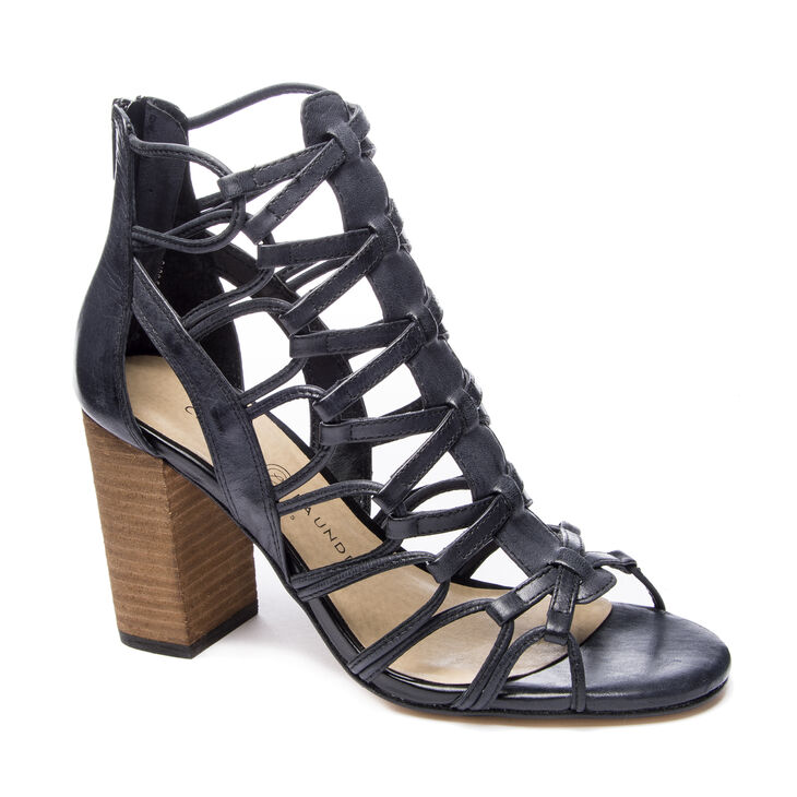 Chinese Laundry Tegan Sandals in Black
