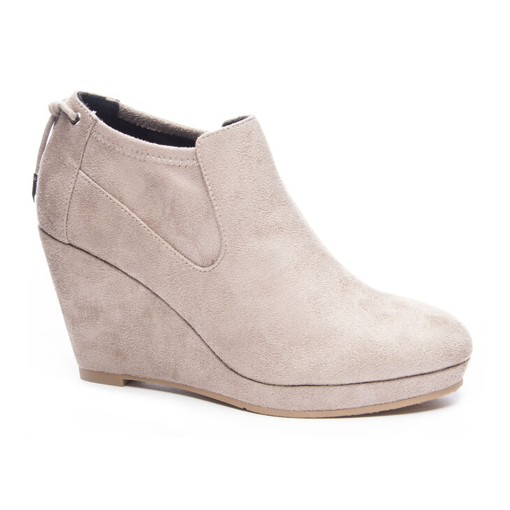 Chinese Laundry Varina Boots in Toffee