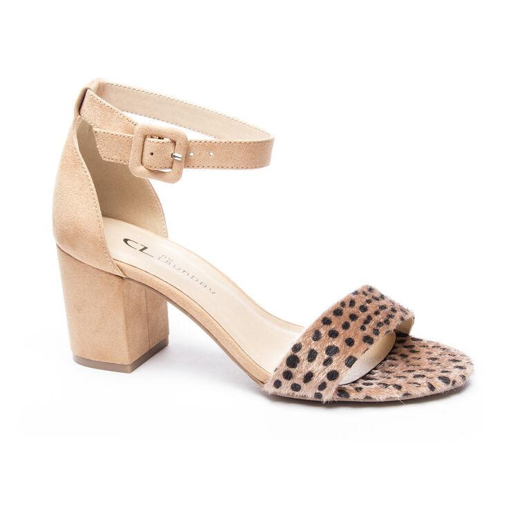 Chinese Laundry Jody Sandals in Cheetah/nugget