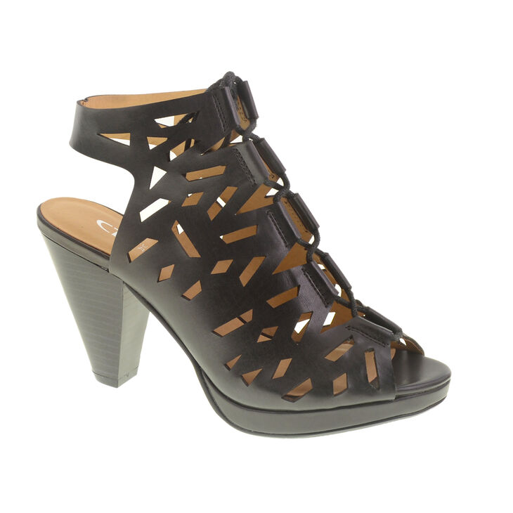 Chinese Laundry Whizz Sandals in Black