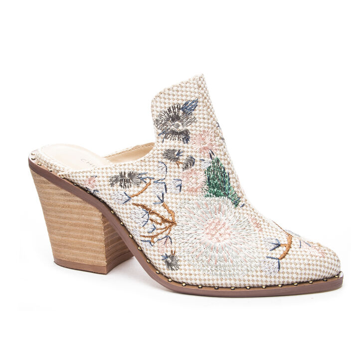 Chinese Laundry Springfield Block Heels in Natural