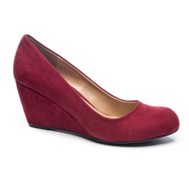 Chinese Laundry Nima Pumps in Cherry
