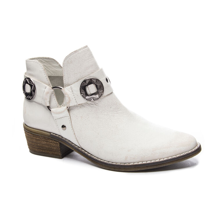 Chinese Laundry Austin Boots in White