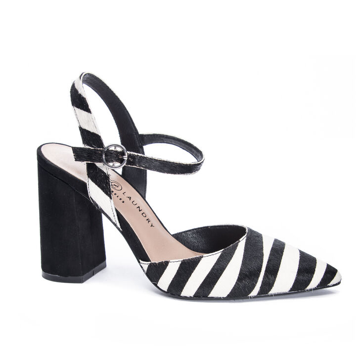 Chinese Laundry Keesa Pumps in Creamblack
