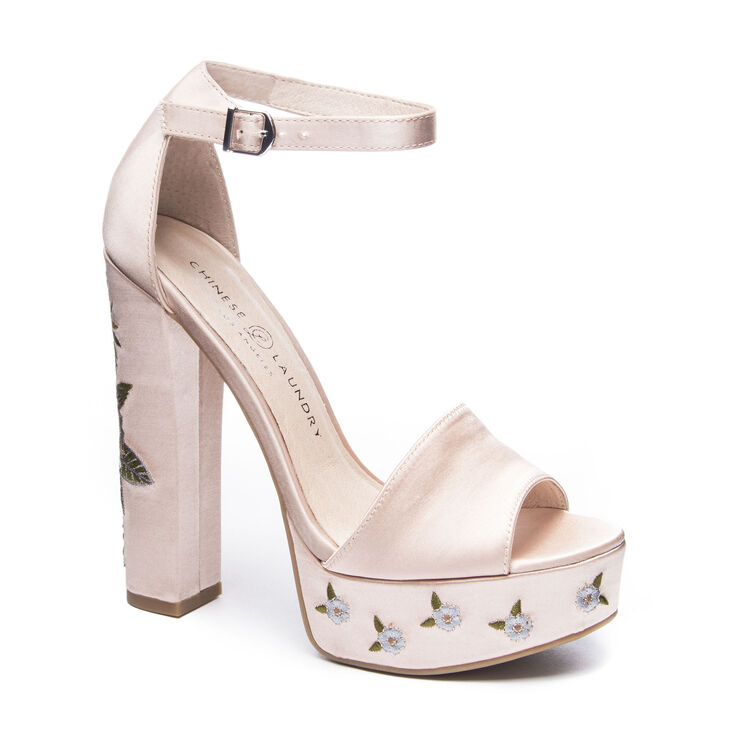 Chinese Laundry Amy T-Strap Sandals in Now Nude