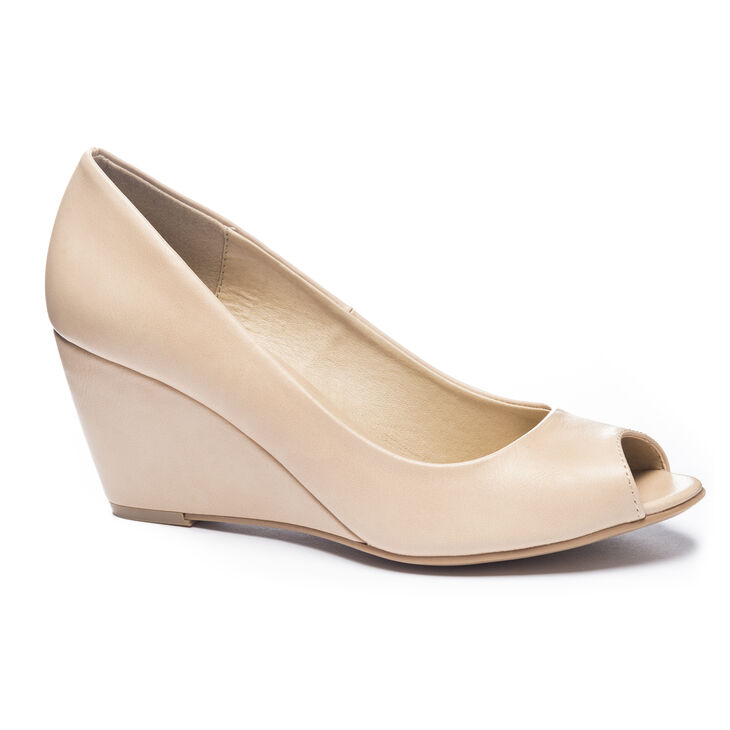 Chinese Laundry Noreen Pumps in Nude