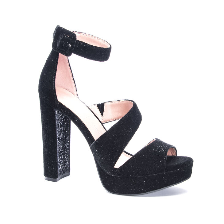 Chinese Laundry Riddle Sandals in Black