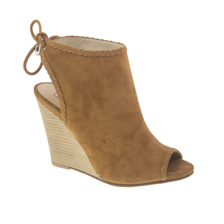 Chinese Laundry Larox Boots in Caramel