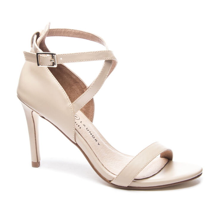 Chinese Laundry Sabrie Sandals in Sand Brown