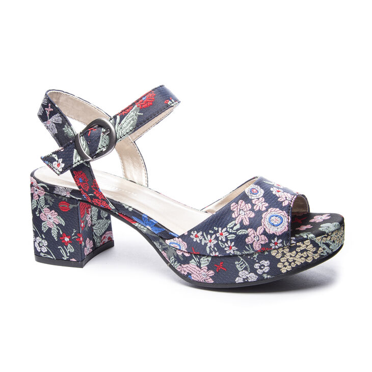 Chinese Laundry Kensie Sandals in Navy