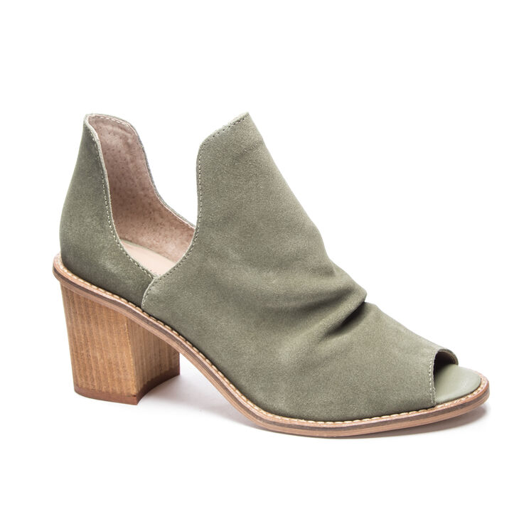 Chinese Laundry Carlita Booties Sandals in Olive