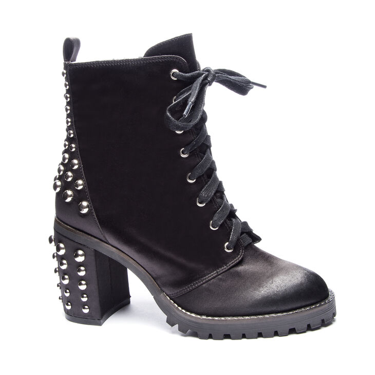 Chinese Laundry Jag Boots in Black