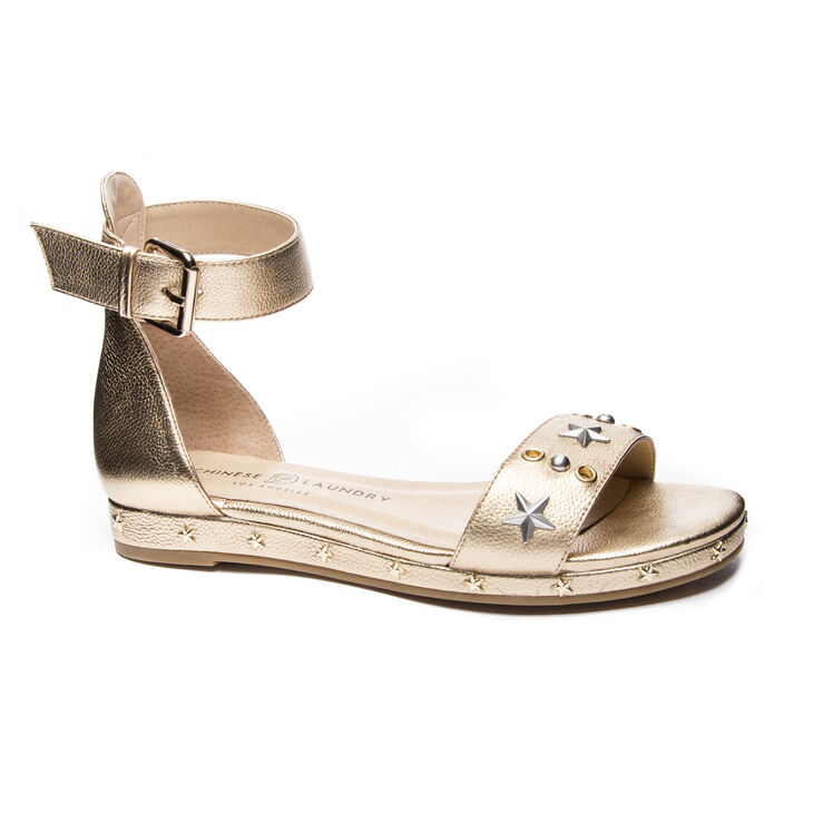 Chinese Laundry Grady Sandals in Gold