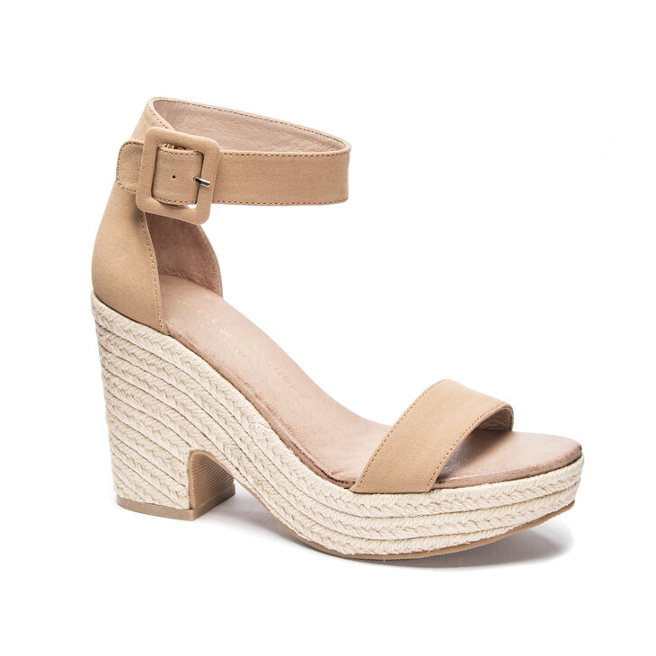 Chinese Laundry Queen Sandals in Camel