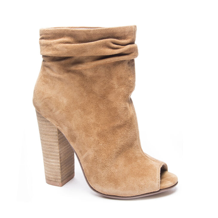Chinese Laundry Laurel Boots in Dark Camel