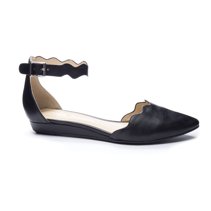 Chinese Laundry Studio Flat Sandals in Black