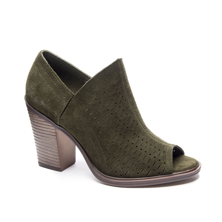 Chinese Laundry Aida Shooties in Olive