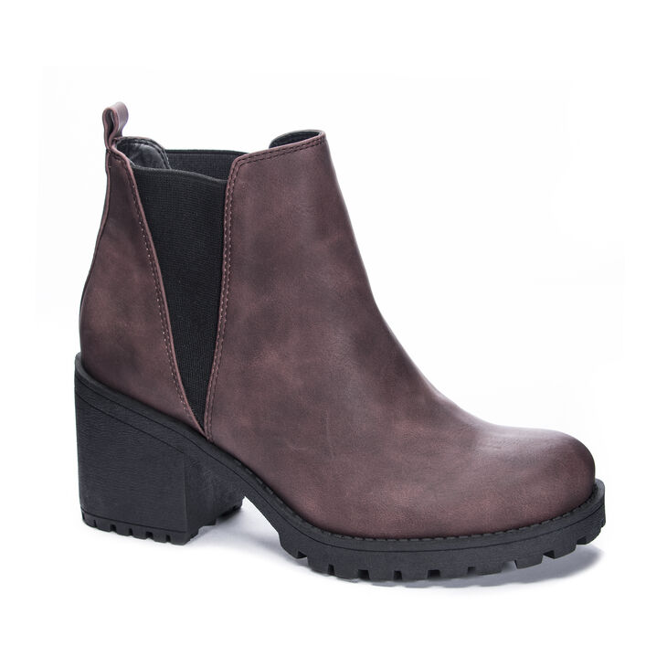 Chinese Laundry Lisbon Boots in Wine